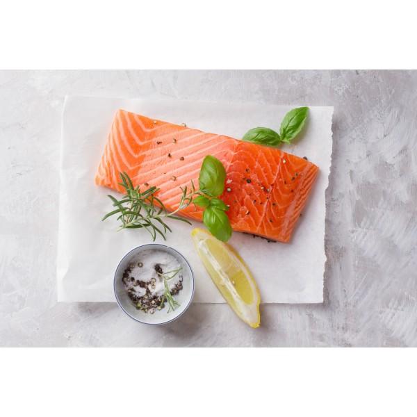Fresh Norway Salmon Sushi Grade  / سمك السلمون النرويجي الطازج