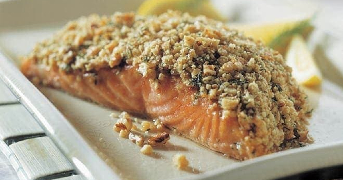 Salmon with Crunchy Walnut